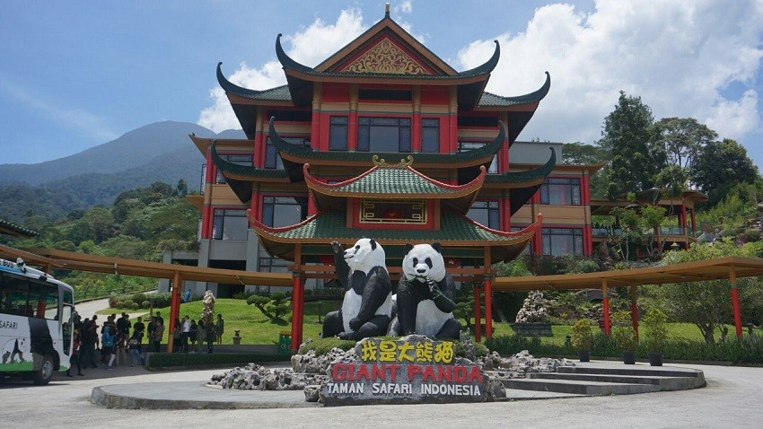 Taman Safari Panda House Officially Openend
